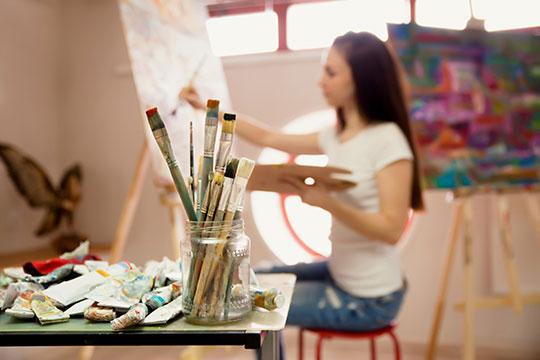 pintura-pincel-tecnica-arte-mujer-cantek